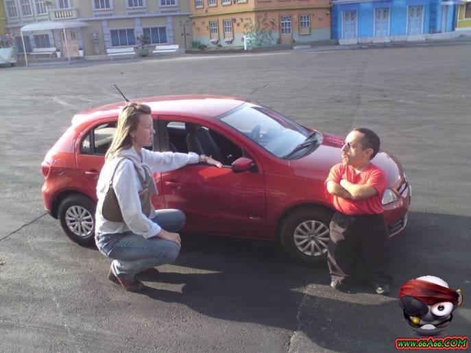 سيارة خاصة بالاقزام